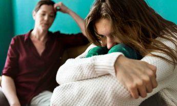 ¿Por qué se originan los conflictos entre hijos y padres?