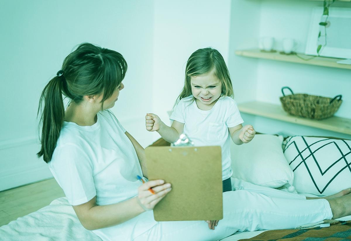 ¿Cómo enseñarle a tu hijo a ser inteligente emocionalmente?